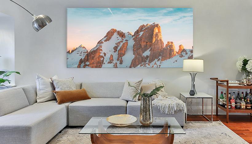 acrylglas grossformat ueber sofa